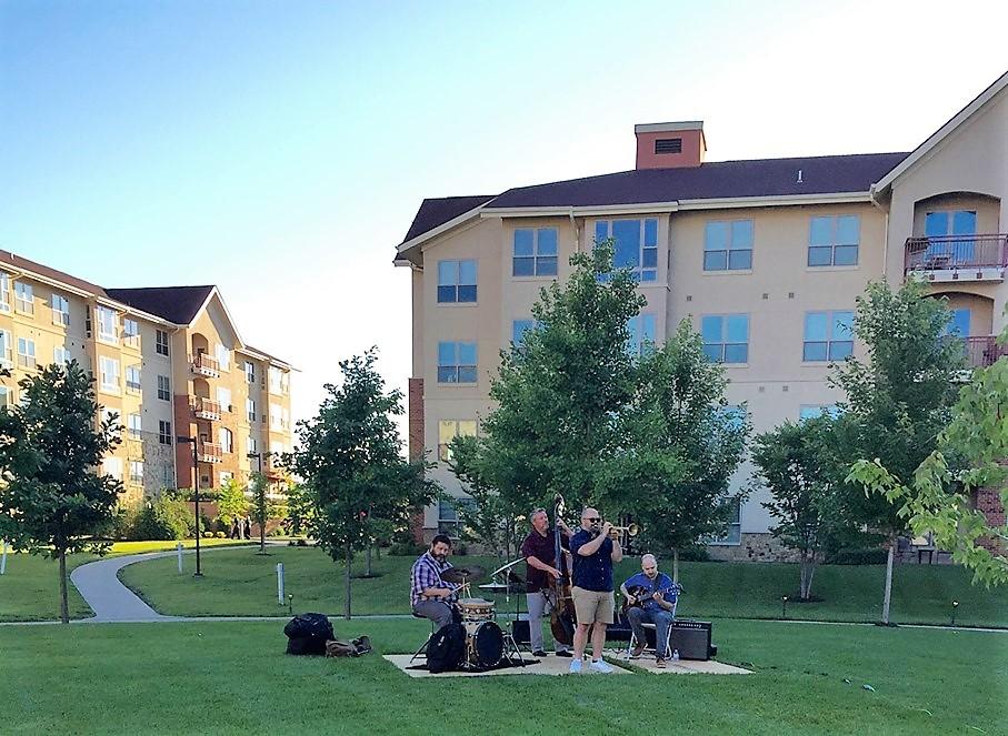 Tallgrass Creek's Summer Concert Series Enhances Residents' Vibrant Retirement Lifestyle